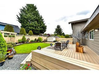 "Photo 18: 14410 CHARTWELL Drive in Surrey: Bear Creek Green Timbers House for sale in ""CHARTWELL"" : MLS®# F1439032"