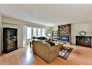 "Photo 2: 14410 CHARTWELL Drive in Surrey: Bear Creek Green Timbers House for sale in ""CHARTWELL"" : MLS®# F1439032"