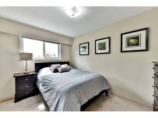 "Photo 14: 14410 CHARTWELL Drive in Surrey: Bear Creek Green Timbers House for sale in ""CHARTWELL"" : MLS®# F1439032"