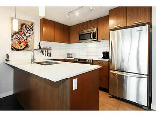 """Photo 4: 415 2321 SCOTIA Street in Vancouver: Mount Pleasant VE Condo for sale in """"SOCIAL"""" (Vancouver East)  : MLS®# V1121141"""