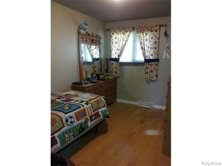 Photo 9: 531 Raquette Street in WINNIPEG: Westwood / Crestview Residential for sale (West Winnipeg)  : MLS®# 1514397