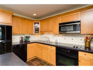 "Photo 4: 202 15165 MARINE Drive: White Rock Condo for sale in ""SEMIAHMOO SHORES"" (South Surrey White Rock)  : MLS®# F1443167"