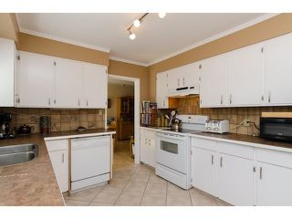 "Photo 8: 5940 135 Street in Surrey: Panorama Ridge House for sale in ""Northridge Area"" : MLS®# F1443510"