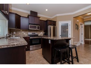 "Photo 8: 59 6498 SOUTHDOWNE Place in Sardis: Sardis East Vedder Rd Townhouse for sale in ""Village Green"" : MLS®# R2059470"