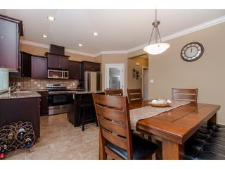 "Photo 9: 59 6498 SOUTHDOWNE Place in Sardis: Sardis East Vedder Rd Townhouse for sale in ""Village Green"" : MLS®# R2059470"