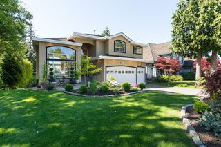 Photo 1: 1415 133A Street in Surrey: Crescent Bch Ocean Pk. House for sale (South Surrey White Rock)  : MLS®# R2063605