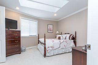 "Photo 15: 12415 204 Street in Maple Ridge: Northwest Maple Ridge House for sale in ""ALVERA PARK"" : MLS®# R2075125"