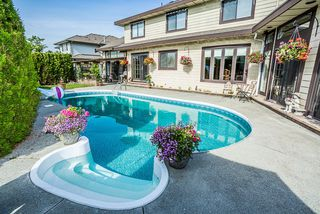 "Photo 19: 12415 204 Street in Maple Ridge: Northwest Maple Ridge House for sale in ""ALVERA PARK"" : MLS®# R2075125"