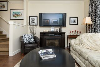 """Photo 5: 78 2469 164 Street in Surrey: Grandview Surrey Townhouse for sale in """"Abbey Road"""" (South Surrey White Rock)  : MLS®# R2075414"""