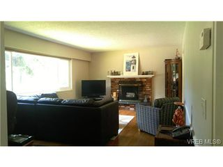 Photo 5: 529 Atkins Ave in VICTORIA: La Atkins Single Family Detached for sale (Langford)  : MLS®# 734808