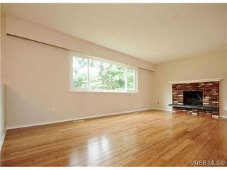 Photo 4: 529 Atkins Ave in VICTORIA: La Atkins Single Family Detached for sale (Langford)  : MLS®# 734808