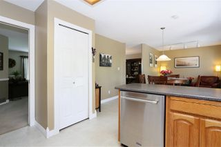 Photo 11: 6537 CLAYTONWOOD Place in Surrey: Cloverdale BC House for sale (Cloverdale)  : MLS®# R2084960