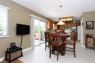 Photo 8: 6537 CLAYTONWOOD Place in Surrey: Cloverdale BC House for sale (Cloverdale)  : MLS®# R2084960