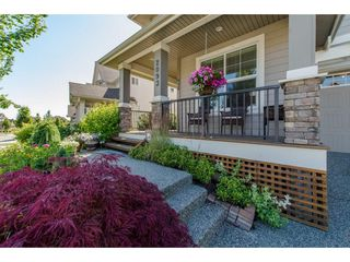 "Photo 2: 2093 ZINFANDEL Drive in Abbotsford: Aberdeen House for sale in ""Pepin Brook Estates"" : MLS®# R2085814"