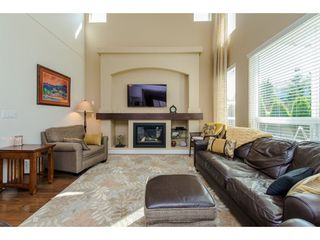 "Photo 4: 2093 ZINFANDEL Drive in Abbotsford: Aberdeen House for sale in ""Pepin Brook Estates"" : MLS®# R2085814"