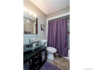 Photo 10: 39 Hobart Place in Winnipeg: St Vital Residential for sale (South East Winnipeg)  : MLS®# 1617792