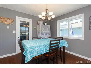 Photo 5: 2598 Buckler Ave in VICTORIA: La Florence Lake House for sale (Langford)  : MLS®# 741295