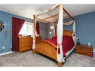 Photo 7: 2598 Buckler Ave in VICTORIA: La Florence Lake House for sale (Langford)  : MLS®# 741295