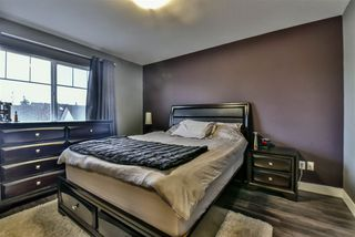 "Photo 14: 3 18181 68 Avenue in Surrey: Cloverdale BC Townhouse for sale in ""MAGNOLIA"" (Cloverdale)  : MLS®# R2141372"