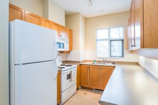 "Photo 8: 251 600 PARK Crescent in New Westminster: GlenBrooke North Townhouse for sale in ""THE ROYCROFT"" : MLS®# R2141871"