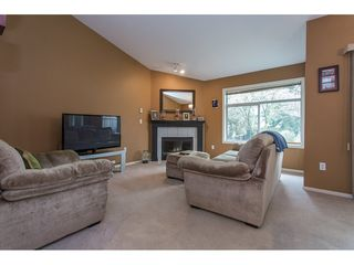 "Photo 3: 504 8260 162A Street in Surrey: Fleetwood Tynehead Townhouse for sale in ""FLEETWOOD MEADOWS"" : MLS®# R2147912"