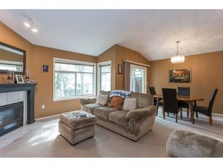 "Photo 4: 504 8260 162A Street in Surrey: Fleetwood Tynehead Townhouse for sale in ""FLEETWOOD MEADOWS"" : MLS®# R2147912"