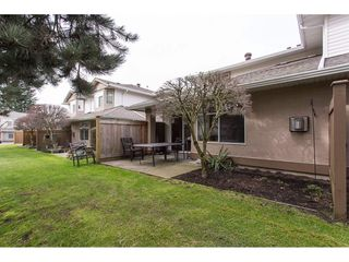 "Photo 2: 504 8260 162A Street in Surrey: Fleetwood Tynehead Townhouse for sale in ""FLEETWOOD MEADOWS"" : MLS®# R2147912"