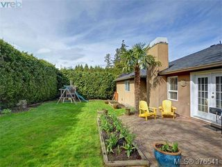 Photo 19: 4944 Haliburton Place in VICTORIA: SE Cordova Bay Single Family Detached for sale (Saanich East)  : MLS®# 376541