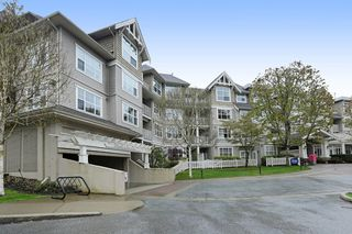 "Photo 12: 416 960 LYNN VALLEY Road in North Vancouver: Lynn Valley Condo for sale in ""Balmoral House"" : MLS®# R2162251"