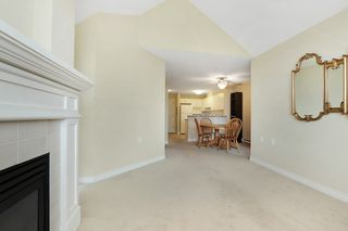 "Photo 3: 416 960 LYNN VALLEY Road in North Vancouver: Lynn Valley Condo for sale in ""Balmoral House"" : MLS®# R2162251"
