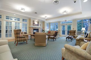 "Photo 10: 416 960 LYNN VALLEY Road in North Vancouver: Lynn Valley Condo for sale in ""Balmoral House"" : MLS®# R2162251"
