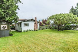 Photo 3: 12317 GRAY Street in Maple Ridge: West Central House for sale : MLS®# R2179339