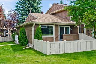 Photo 2: 66 14736 Deerfield Drive SE in Calgary: Deer Run House for sale : MLS®# C4123250