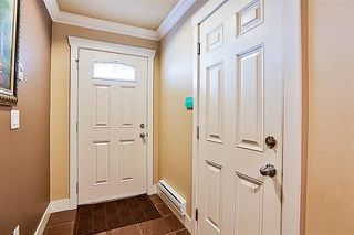 Photo 3: 49 7156 144 Street in Surrey: East Newton Townhouse for sale : MLS®# R2193983