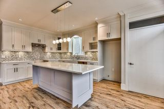 """Photo 3: 8224 204 Street in Langley: Willoughby Heights House for sale in """"Yorkson"""" : MLS®# R2208932"""