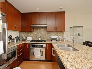 Photo 7: 609 373 Tyee Road in VICTORIA: VW Victoria West Condo Apartment for sale (Victoria West)  : MLS®# 383610