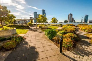 "Photo 18: 902 4808 HAZEL Street in Burnaby: Forest Glen BS Condo for sale in ""CENTRE POINT"" (Burnaby South)  : MLS®# R2210300"