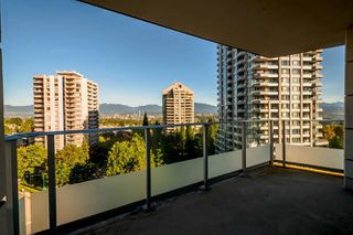 "Photo 6: 902 4808 HAZEL Street in Burnaby: Forest Glen BS Condo for sale in ""CENTRE POINT"" (Burnaby South)  : MLS®# R2210300"