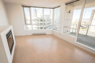 "Photo 4: 902 4808 HAZEL Street in Burnaby: Forest Glen BS Condo for sale in ""CENTRE POINT"" (Burnaby South)  : MLS®# R2210300"
