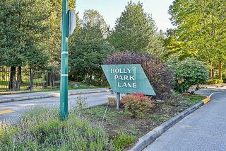 Photo 19: 14835 HOLLY PARK Lane in Surrey: Guildford Townhouse for sale (North Surrey)  : MLS®# R2211598