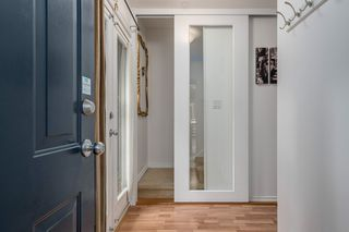 Photo 2: 849 KEEFER STREET in Vancouver: Mount Pleasant VE Townhouse for sale (Vancouver East)  : MLS®# R2204383