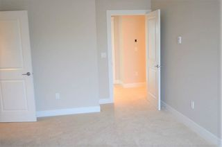 """Photo 9: 18407 59A Avenue in Surrey: Cloverdale BC House for sale in """"Cloverdale"""" (Cloverdale)  : MLS®# R2217286"""