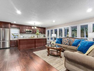 Photo 2: 640 APPIAN Way in Coquitlam: Coquitlam West House for sale : MLS®# R2230268