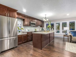 Photo 3: 640 APPIAN Way in Coquitlam: Coquitlam West House for sale : MLS®# R2230268