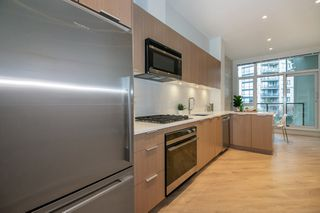 "Photo 11: 205 105 W 2ND Street in North Vancouver: Lower Lonsdale Condo for sale in ""Wallace & McDowell Building"" : MLS®# R2238775"