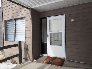 Photo 3: 36 1810 Springhill Drive in Kamloops: Sahali Townhouse for sale (kAMLOOPS)  : MLS®# 144482