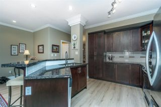 "Photo 3: 38 19330 69 Avenue in Surrey: Clayton Townhouse for sale in ""MONTEBELLO"" (Cloverdale)  : MLS®# R2248047"