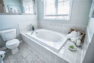 Photo 17: 23 Juneau Crescent in Whitby: Taunton North House (2-Storey) for sale : MLS®# E4174866
