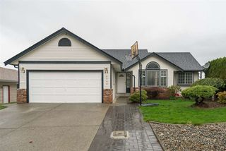 Photo 1: 3255 PONDEROSA Street in Abbotsford: Abbotsford West House for sale : MLS®# R2285215