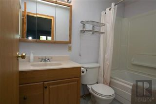 Photo 12: 174 James Carleton Drive in Winnipeg: Maples Residential for sale (4H)  : MLS®# 1820048